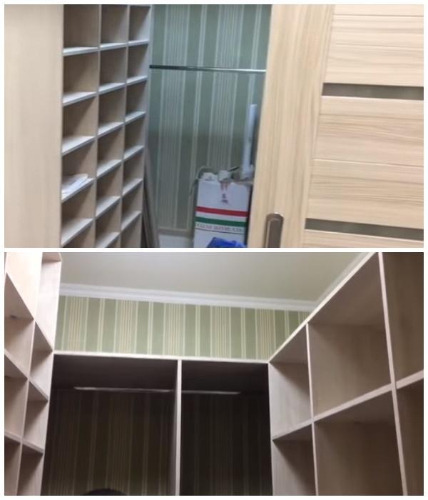 Из кладовой сделали полноценную гардеробную комнату.