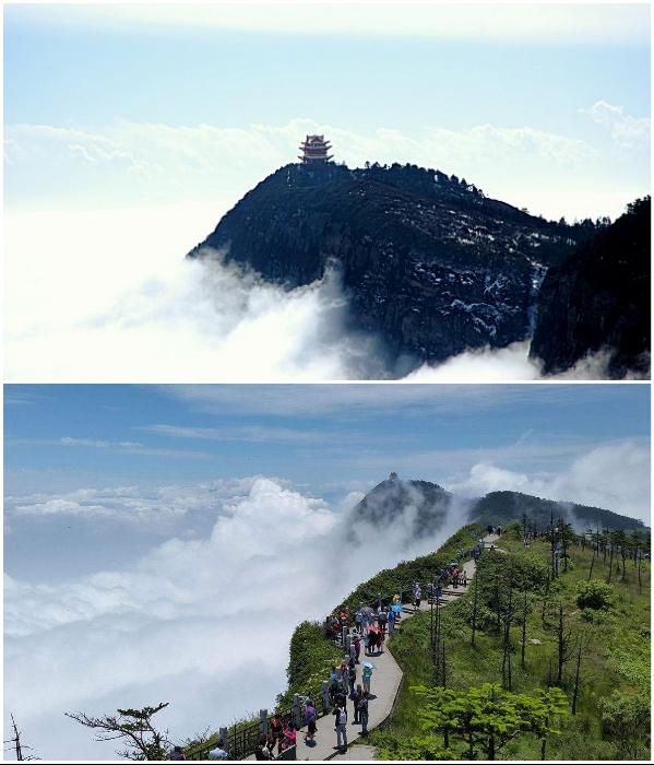 Гора Эмэйшань – священное место для буддистов и посещения туристов (Китай). | Фото: travelurway.ru/ kitai-hospital.ru.