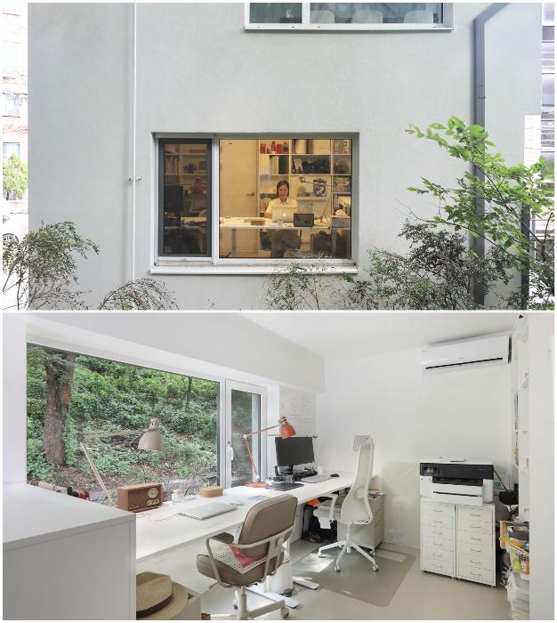 На первом жилом этаже оформили домашний офис (Seroro House, Сеул).