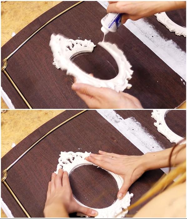 Перед покраской все гипсовые элементы приклеиваем с помощью «жидких гвоздей». | Фото: youtube.com/ © DrujkaLena.