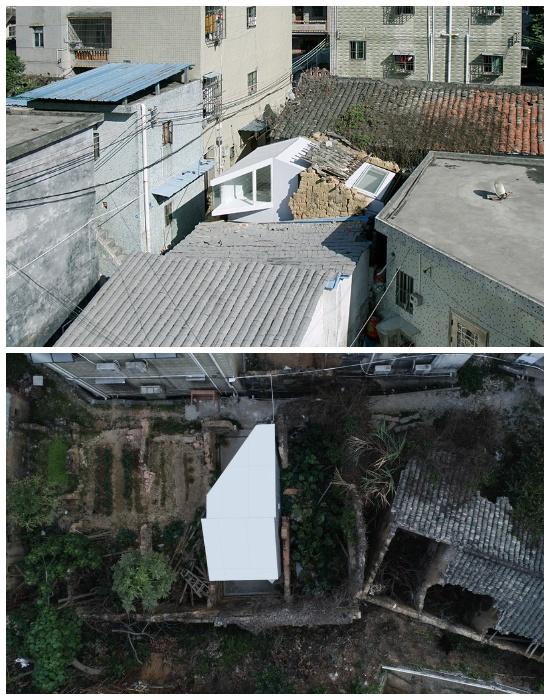 Так выглядят «Plugin House» посреди полуразрушенных зданий (Китай). | Фото: designboom.com.