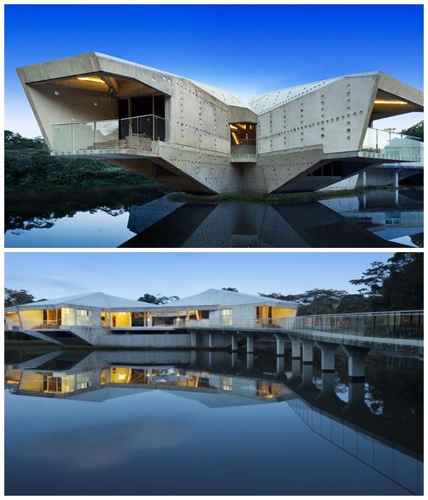 Шестиконечная конструкция Fortress Floating on Water способна выдержать любой циклон (Австралия).
