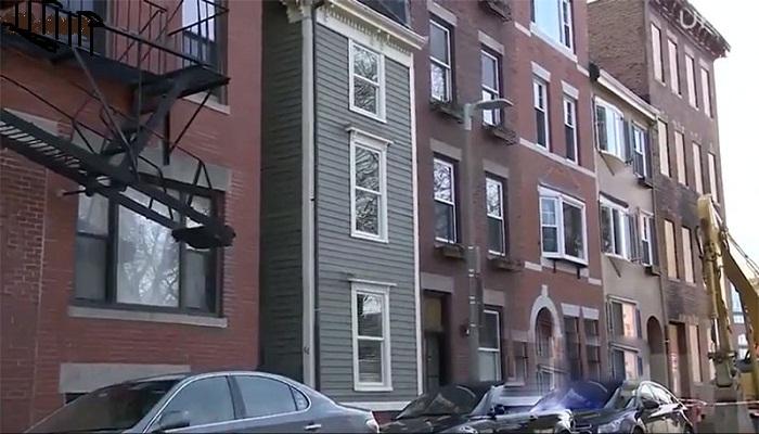 Вот так, на зло брату был выстроен дом в Бостоне.