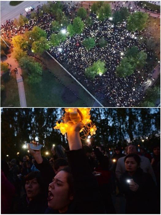 Горожане вышли на акцию протеста «Включи свет» (Екатеринбург). | Фото: Артем Устюжанин / E1.ru.