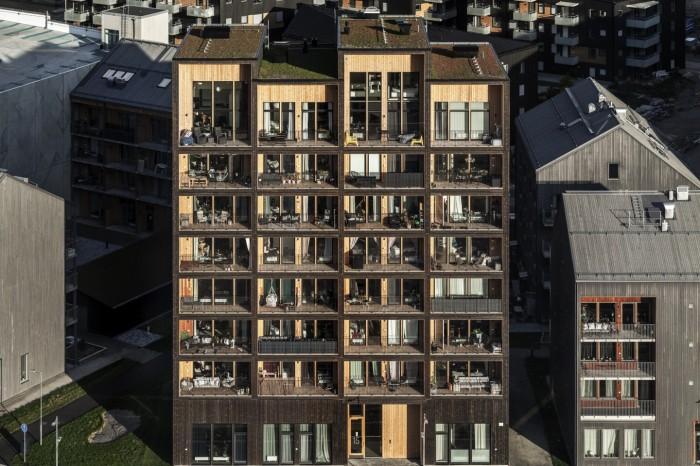 Полностью деревянная многоэтажка имеет 8,5 этажей (ЖК «Kajstaden», Швеция). | Фото: newatlas.com/ © Nikolai Jakobsen.