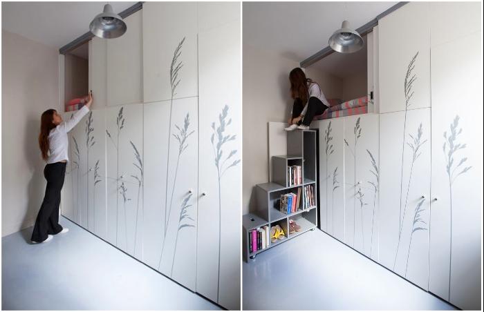 Спальная зона обустроена на втором ярусе многофункционального шкафа.