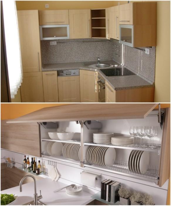Над мойкой лучше устанавливать шкаф с открытыми полками или подъемным механизмом. | Фото: aviarydecor.com.