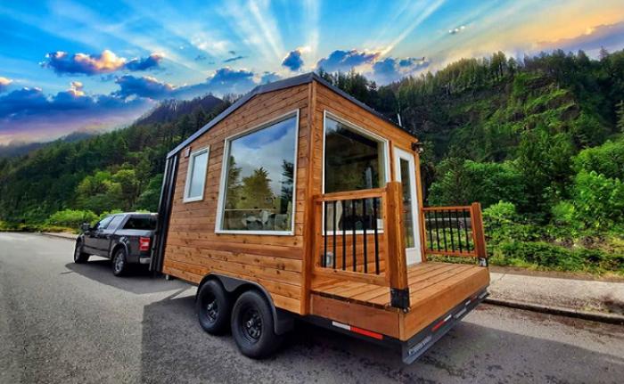 Acorn – идеальный вариант для любителей путешествовать и отдыхать на лоне природы (Tiny Homes, США). | Фото: facebook.com/ ©Backcountry Tiny Homes.