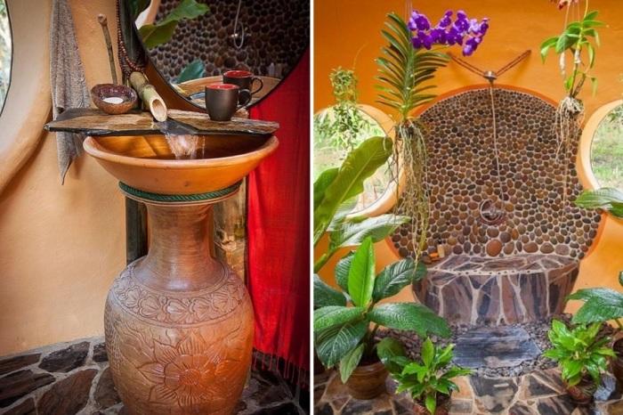 Ванную комнату Стив превратил в поистине райское место (Earthen Dome Home, Таиланд). intelligentliving.co/ ©Steve Areen.