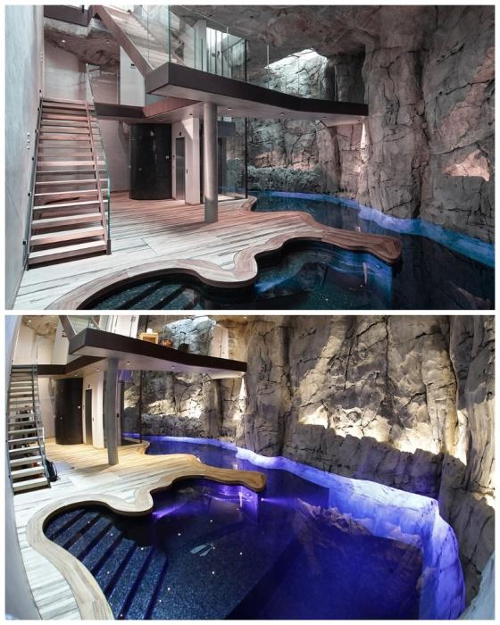 Сразу же у входа расположен бассейн больше похожий на подземное озеро («Villa Troglodyte», Монако). | Фото: lagazettedemonaco.com.