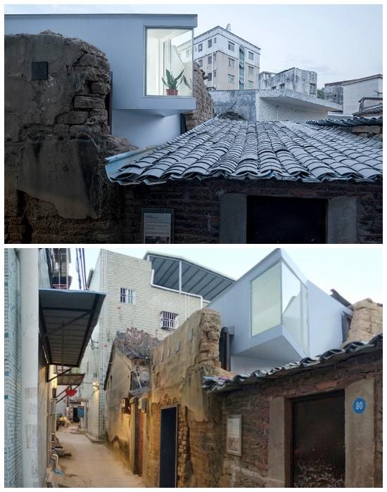 Для увеличения площади на втором ярусе установили угловое окно, нависающее над старыми крышами (Plugin House 15 кв. метров). | Фото: thecsrtimes.com.