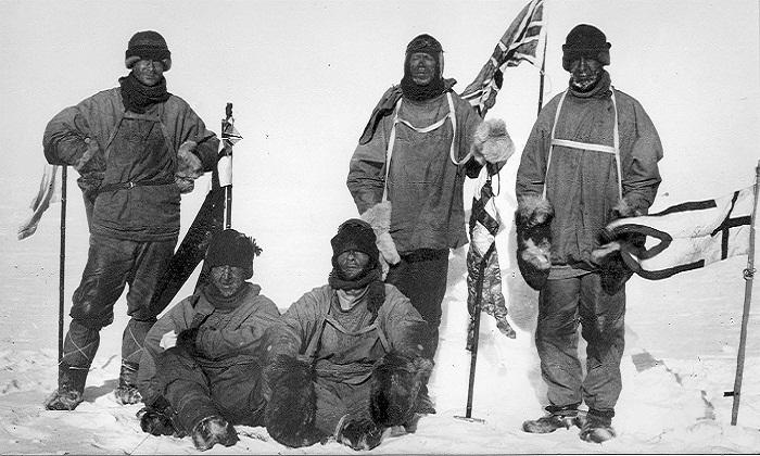 Команда Роберта Скотта в очередной экспедиции.