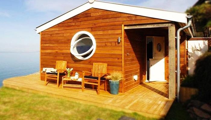 Оригинальный морской домик в 30 квадратных метров.