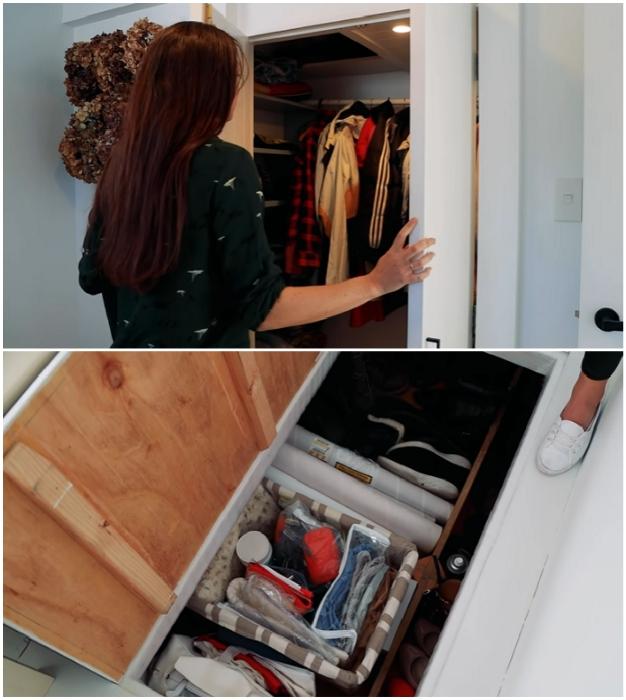 Чтобы не загромождать пространство шкафами, супруги сделали гардеробную и несколько люков-ящиков в полу («Blue Turtle», Окленд). | Фото: youtube.com/ © Living Big In A Tiny House.