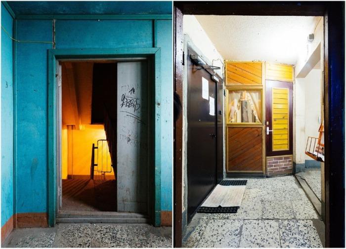 Так выглядят общие коридоры и лестничный пролет одного из домов на «куриных ножках» сейчас (Новосмоленская набережная, Санкт-Петербург). | Фото: designyoutrust.com.
