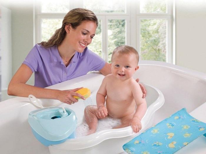 Не оставляйте детей одних в ванной!