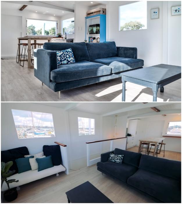 Гостиная в плавучем доме получилась довольно просторной и комфортной («Blue Turtle», Окленд). | Фото: youtube.com/ © Living Big In A Tiny House.