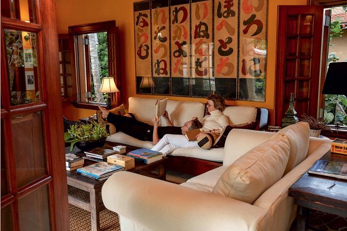 Комната для чтения, в которой супруги и их гости могут уединиться.   Фото: Тьяго Молинос (Tiago Molinos).