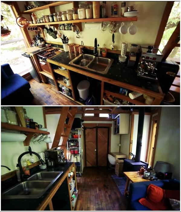 Кухня получилась вполне комфортная. | Фото: youtube.com/ © Living Big In A Tiny House .