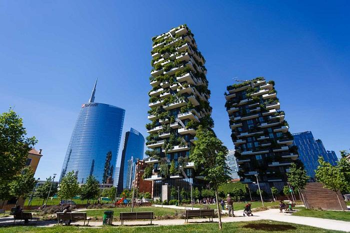 Небоскреб Bosco Verticale способствует формированию экосистемы в Милане (Италия). | Фото: loveopium.ru.