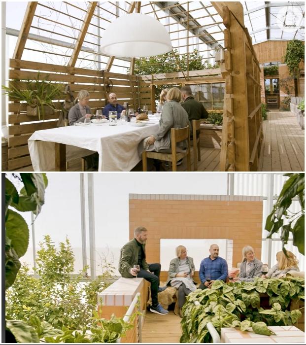 После мастер-классов хозяева вместе с гостями наслаждаются приготовленными гастрономическими шедеврами и общением («Longhouse», Daylesford). | Фото: realestate.com.au.