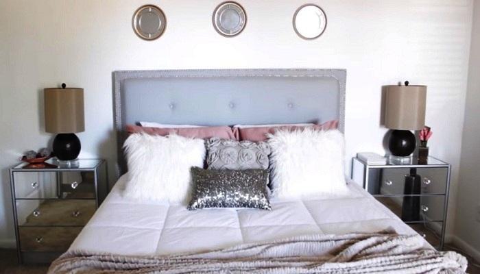 Так преобразилась спальня после установки зеркальных комодов. | Фото: samodelkino.