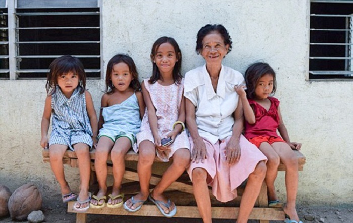 Жители его родной деревни получили новые дома.