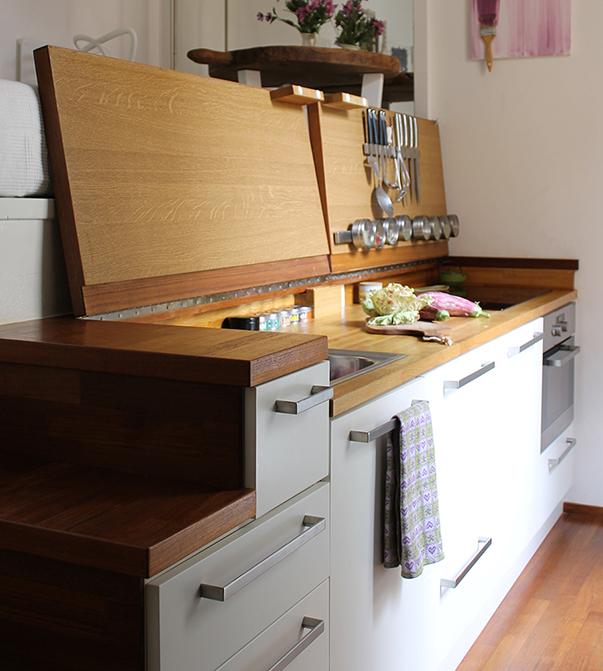 Многофункциональная кухня оборудована всем необходимым.