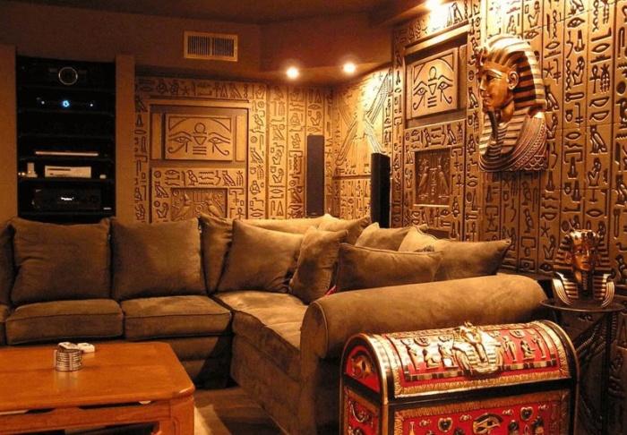 Домашний кинотеатр в стиле египетских гробниц (Флорида, США). | Фото: expertsamostroy.ru.