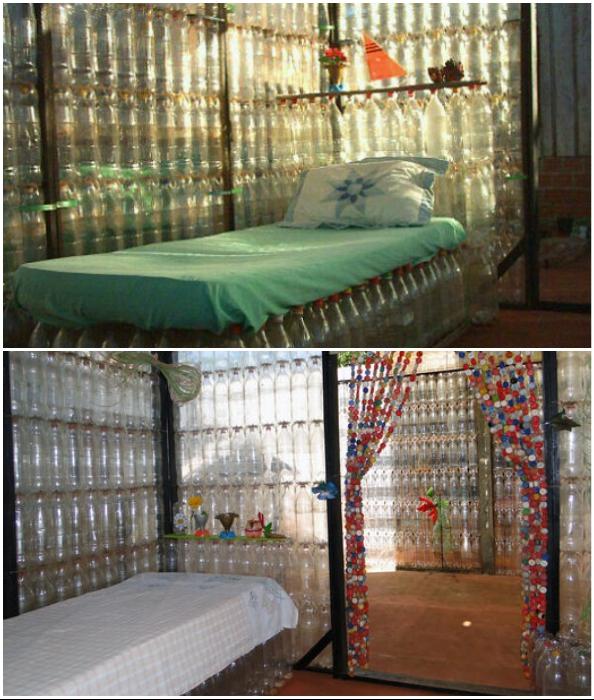 Из пластиковых бутылок летние веранды получаются воздушными и светлыми.