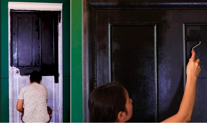 Для преобразования двери выбрали черный матовый цвет. | Фото: youtube.com/ © Fancy smth.