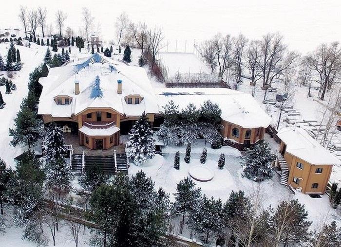 Поместье Филиппа Киркорова в Подмосковье.