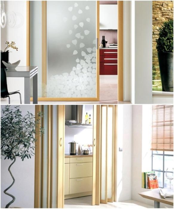 Распашные двери лучше заменить на раздвижные. | Фото: merco-mebel.ru.