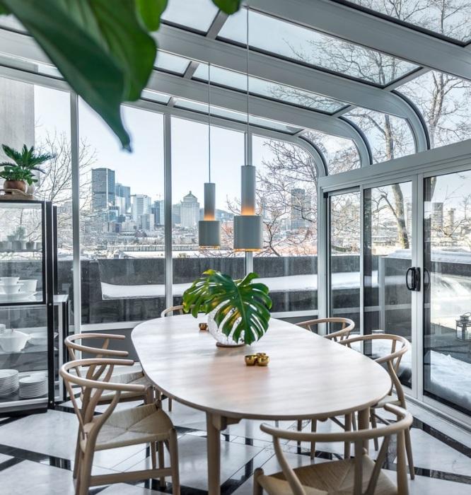В большинстве квартир есть стеклянная веранда, выходящая на открытую террасу («Habitat 67», Монреаль). | Фото: lemurov.net.