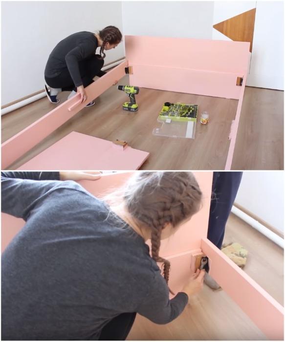 В сборке кровати Надежде помогала ее мама, потому что одному это делать очень сложно.   Фото: youtube.com/ Bubenitta.