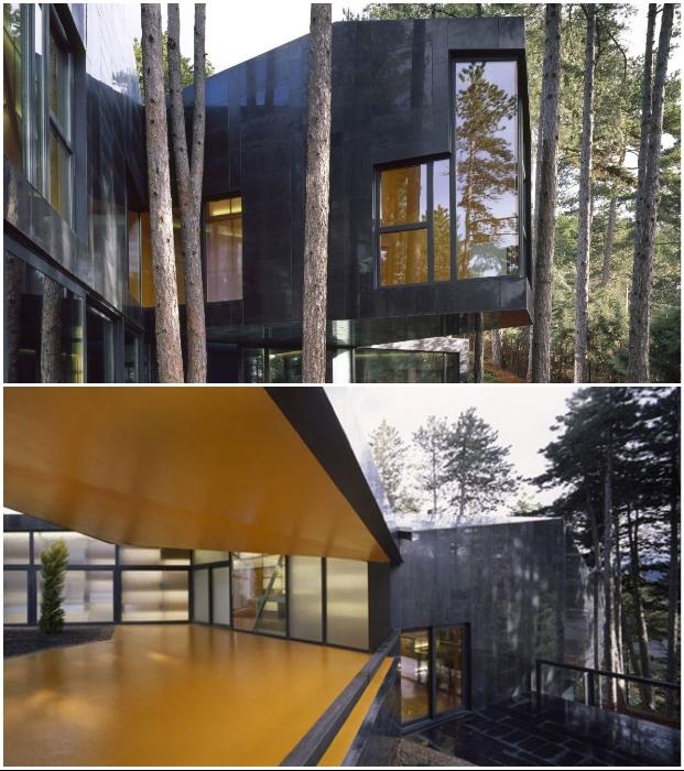 Криволинейная конструкция с лучами-выступами позволила сохранить все деревья и создать особенный дизайн виллы Casa Levene (Сан-Лоренсо де Эль Эскориале, Испания).