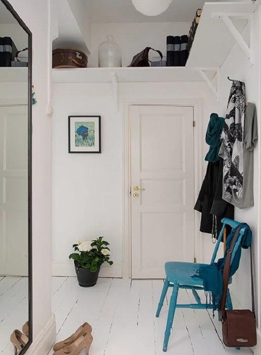 Максимально используйте пространство под потолком.