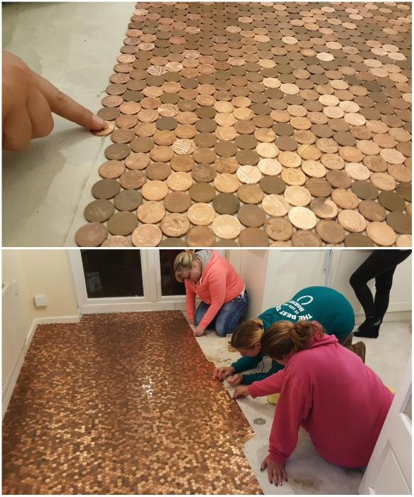 Супруга вместе с подругами тоже участвовала в создании роскошного напольного покрытия. | Фото: youtube.com/ © Matt Giles.