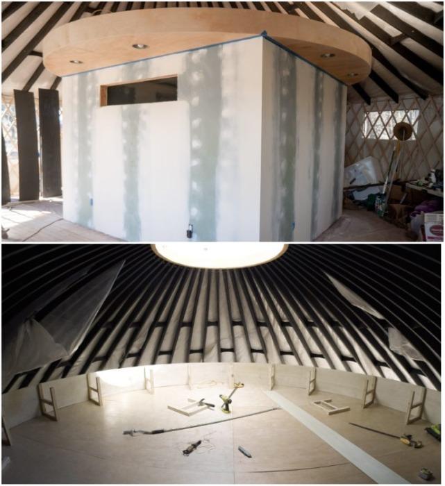 В центре юрты построили модуль, ставший основой для создания спальни. | Фото: boredpanda.com.