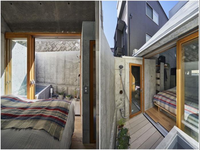 Из крошечной спальни есть выход на мини-площадку, где обустроили уличный душ («Love2House», Токио). | Фото: archidea.com.ua/ © Koji Fujii Nacasa & Partners Inc.