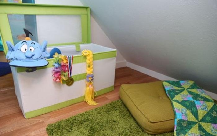 Оригинальный ящик для игрушек и очаровательный джин, очень понравятся ребенку.