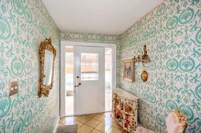 Интерьер прихожей выполнен в стиле 50-х годов прошлого века. | Фото: homedecoration.nu.