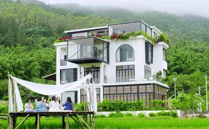 7 лучших подруг выкупили недостроенный особняк (Гуанчжоу, Китай). | Фото: msn.com.