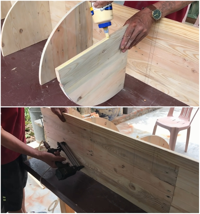 Полки на боковых полотнах закрепляются с помощью клея и мелких гвоздей. | Фото: youtube.com/ © Woodworking Tools.