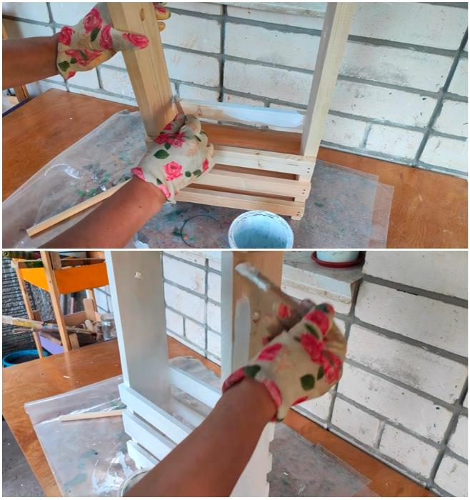 Качественное лакокрасочное покрытие поможет продлить срок жизни деревянному изделию. | Фото: youtube.com/ © Шебби-Шик.