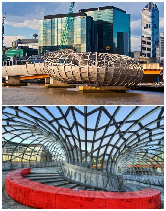 Интересной конструкции мост Webb Bridge, стал одной из главных достопримечательностей Мельбурна (Австралия).