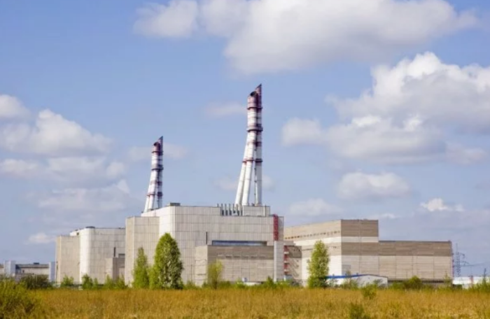 Игналинская атомная электростанция в Литве заменила ЧАЭС в сериале «Чернобыль»  (Кадр из сериала «Чернобыль», 2019). | Фото: 24tv.ua.