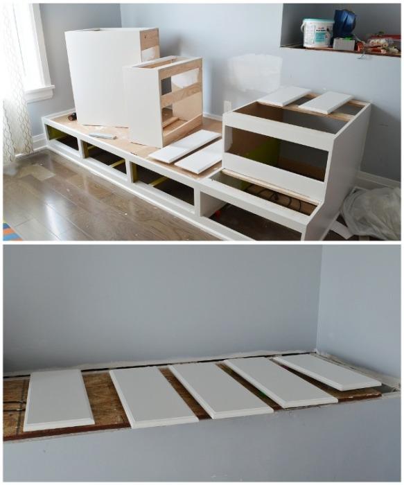 До установки столешниц все элементы конструкции надо вскрыть краской. | Фото: cpykami.livejournal.com.