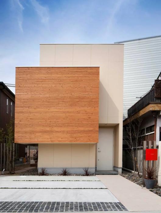 Вполне реальный дом был создан для молодой японской семьи (Kyobate, Япония).   Фото: interest.com.