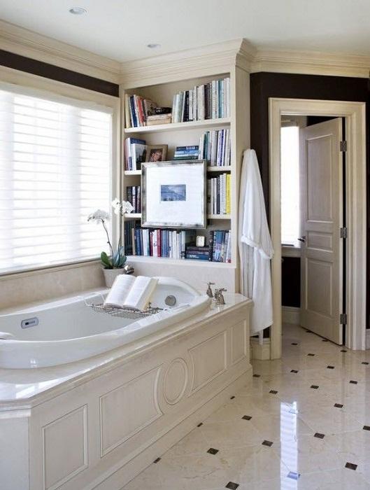 Для любителей долго плескаться в ванной с пользой для дела.